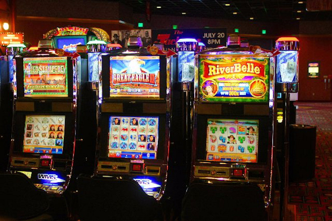 Играйте в Wild Birthday Blast в ТОП качестве. Кликайте на сайт Азино три топора и получите крупный выигрыш